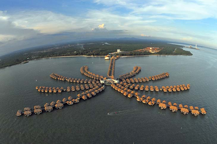 Overwater Bungalows In Malaysia Part - 35: AVANI Sepang Goldcoast Resort In Malaysia. Photo Via Blogspot