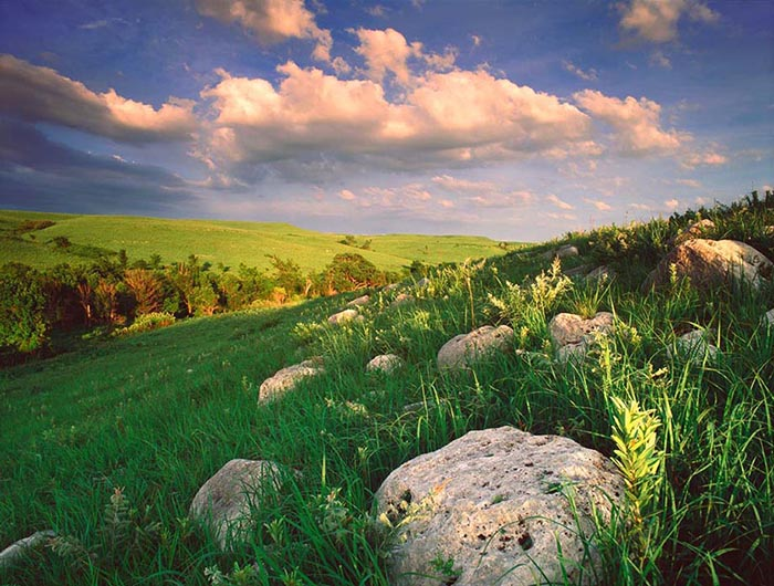 Flint Hills, Kansas State, US. Photo by Lana Lind via Pinterest