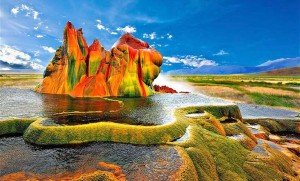 Fly Geyser, Nevada. Photo by community.klipsch.com