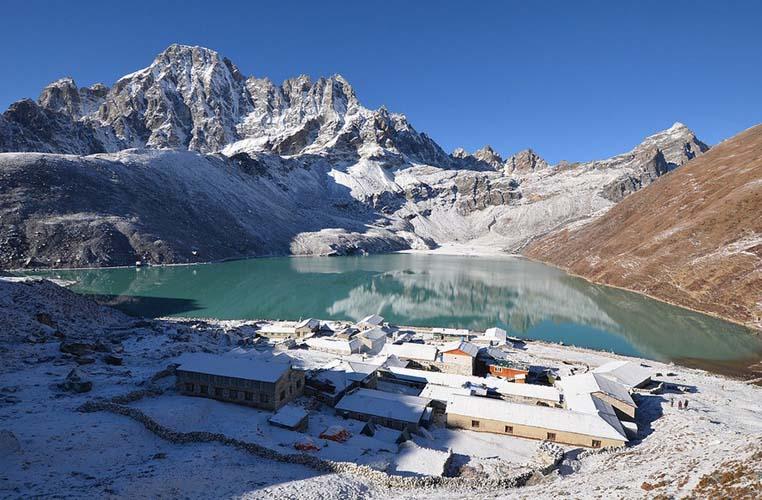 The Gokyo valley in the Everest Region. Photo via worldwanderingkiwi