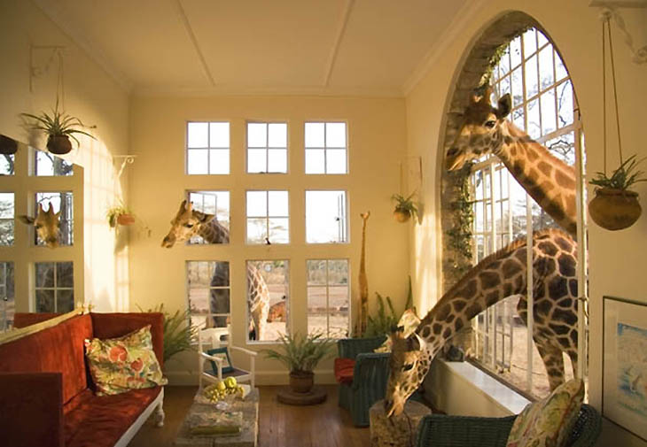 Giraffe Manor. Photo by kenyahotelsltd.com