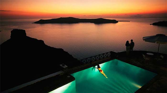 Santorini island, Greece. Photo by Hy Lạp