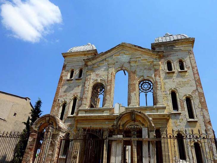 The old synagogue in Edirne highlights a mix of culture. Photo by Frans Sellies